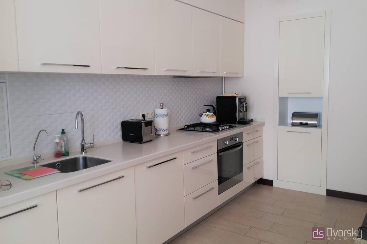 Прямые кухни Кухня цвета слоновой кости - Фото № 2