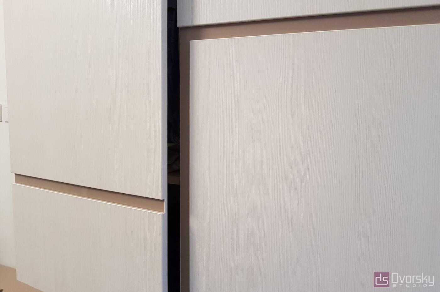 Мебельные горки Мебельная горка с навесными шкафами - Фото № 2
