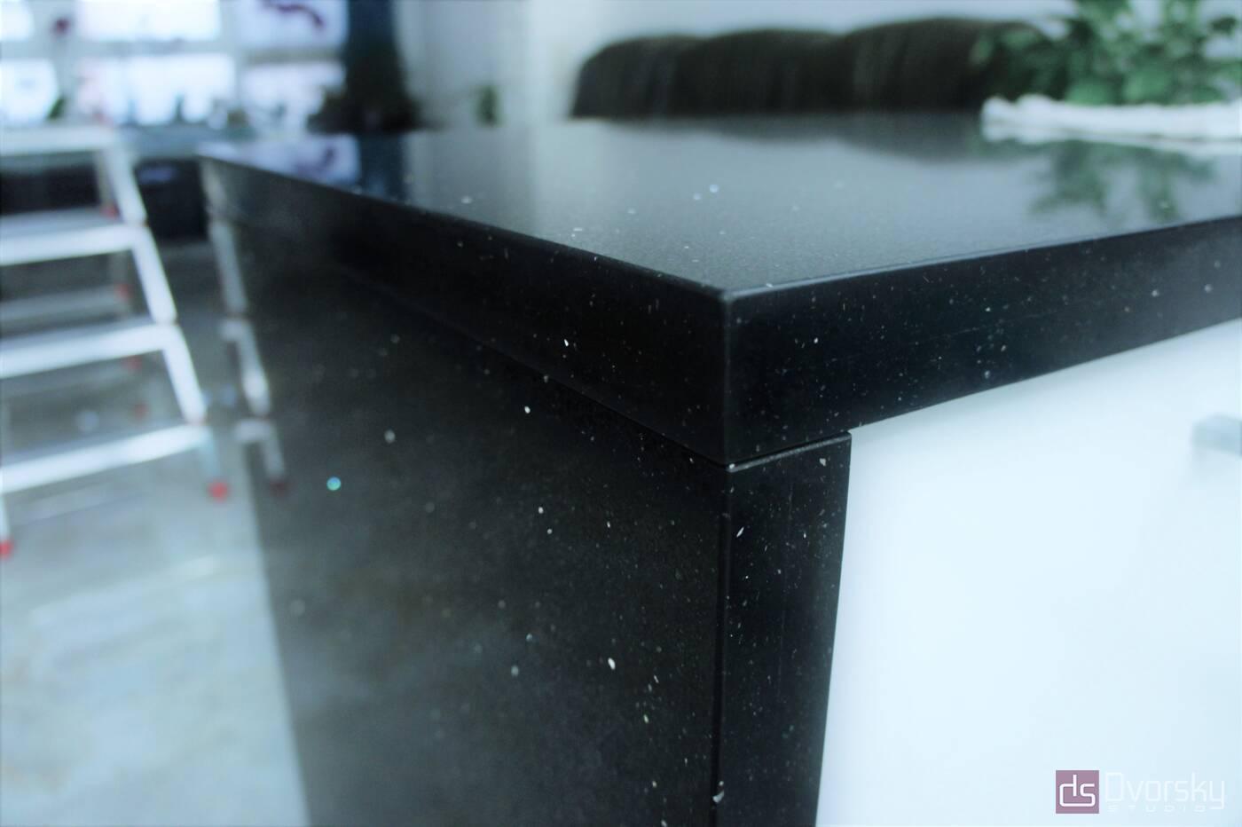 Вироби з каменю Стільниця з чорного кварциту - Фото № 1