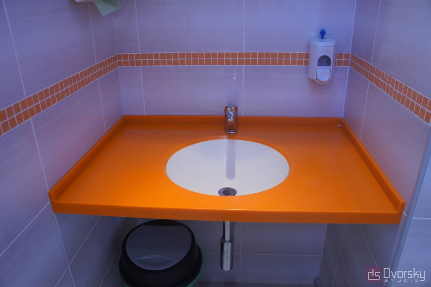 Изделия из камня Оранжевая столешница из камня - Фото № 2