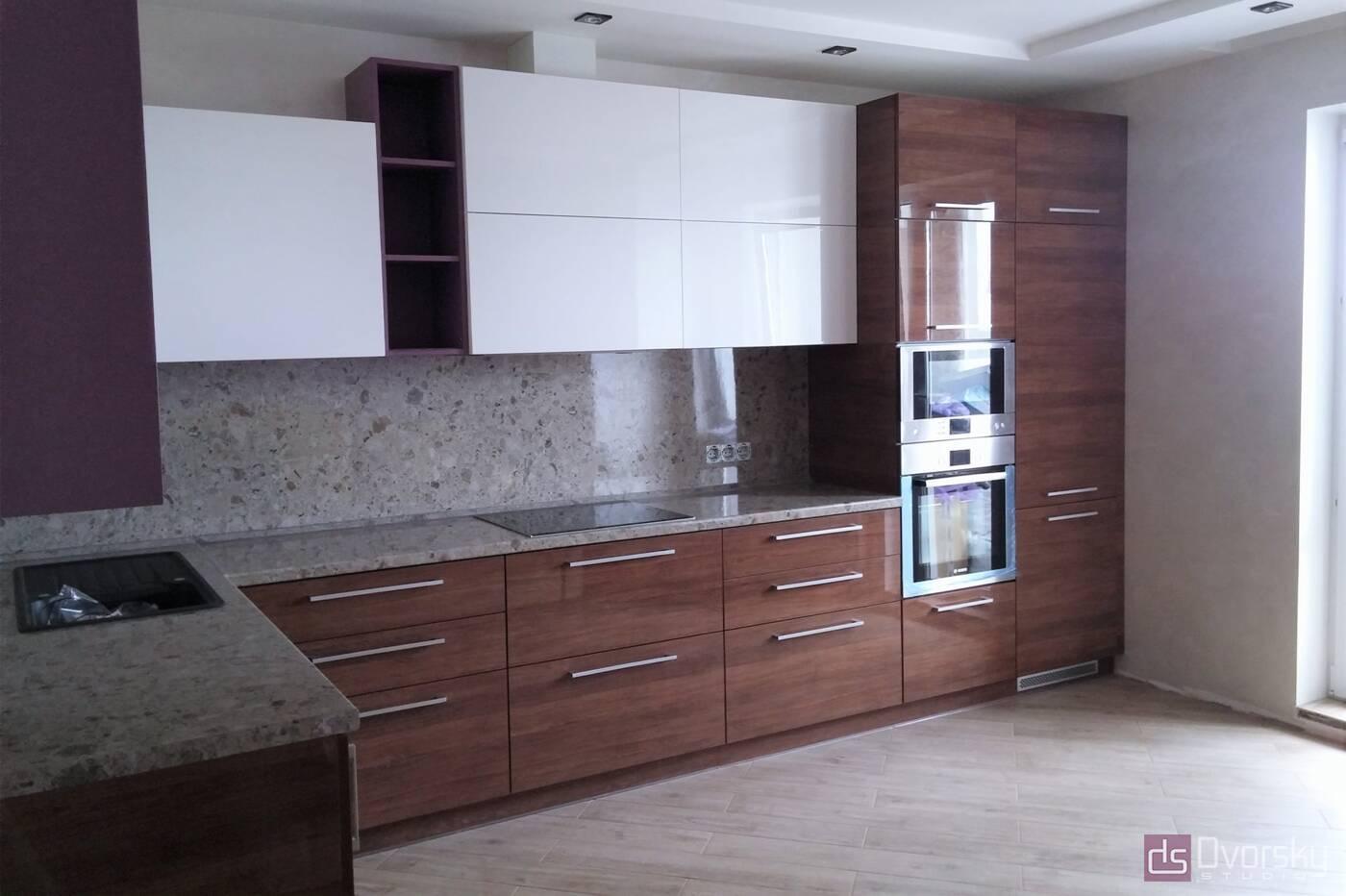 Угловые кухни Кухня с фасадами из акрила - Фото № 2