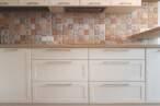 П - образні кухні Кухня в кремових тонах - Фото № 2