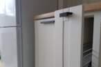 Прямые кухни Белая кухня с фрезеровкой - Фото № 4