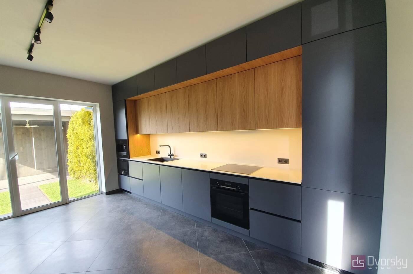 Прямые кухни Кухня графит со шпоном - Фото № 1