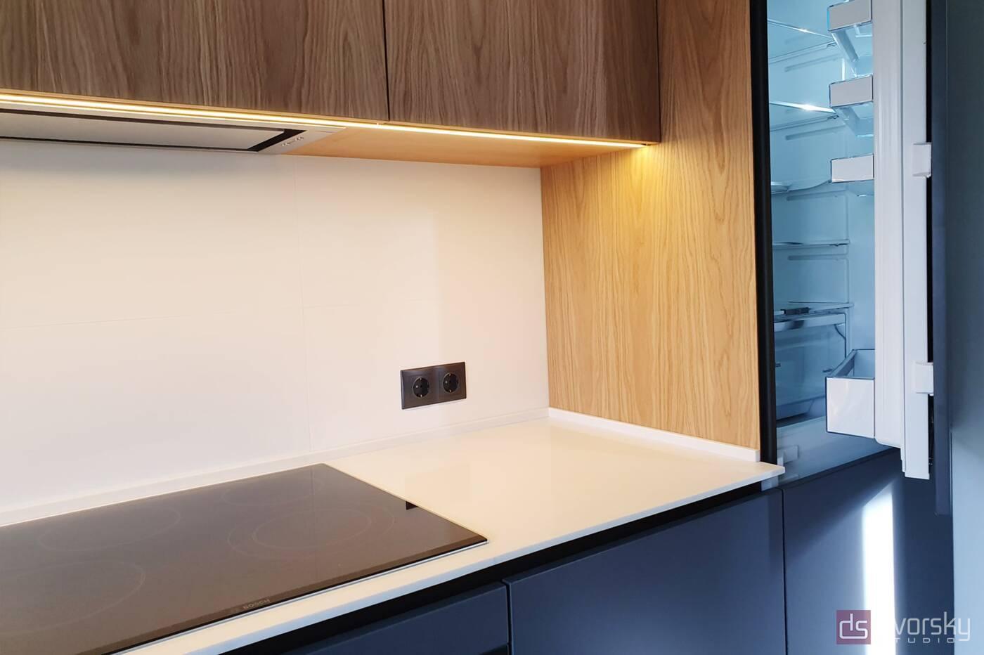 Прямые кухни Кухня графит со шпоном - Фото № 2