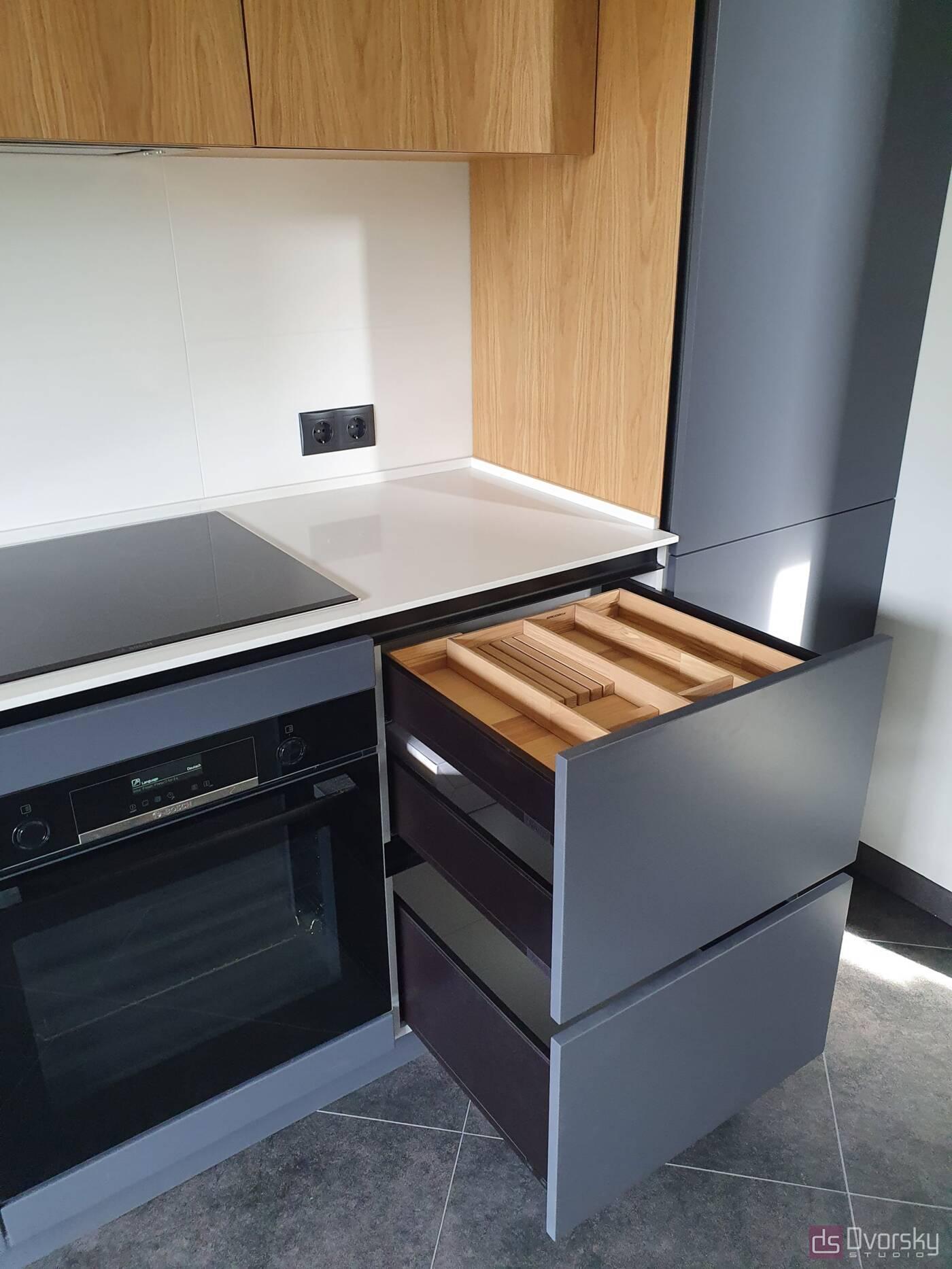 Прямые кухни Кухня графит со шпоном - Фото № 3