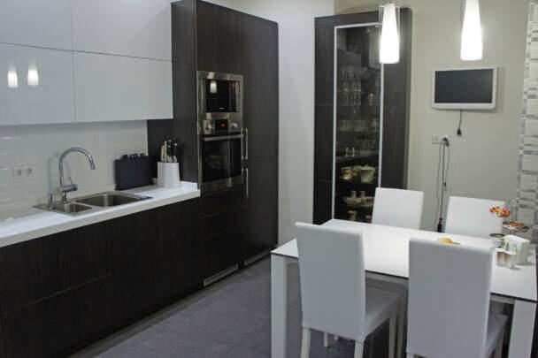 Кухня с электроприводом