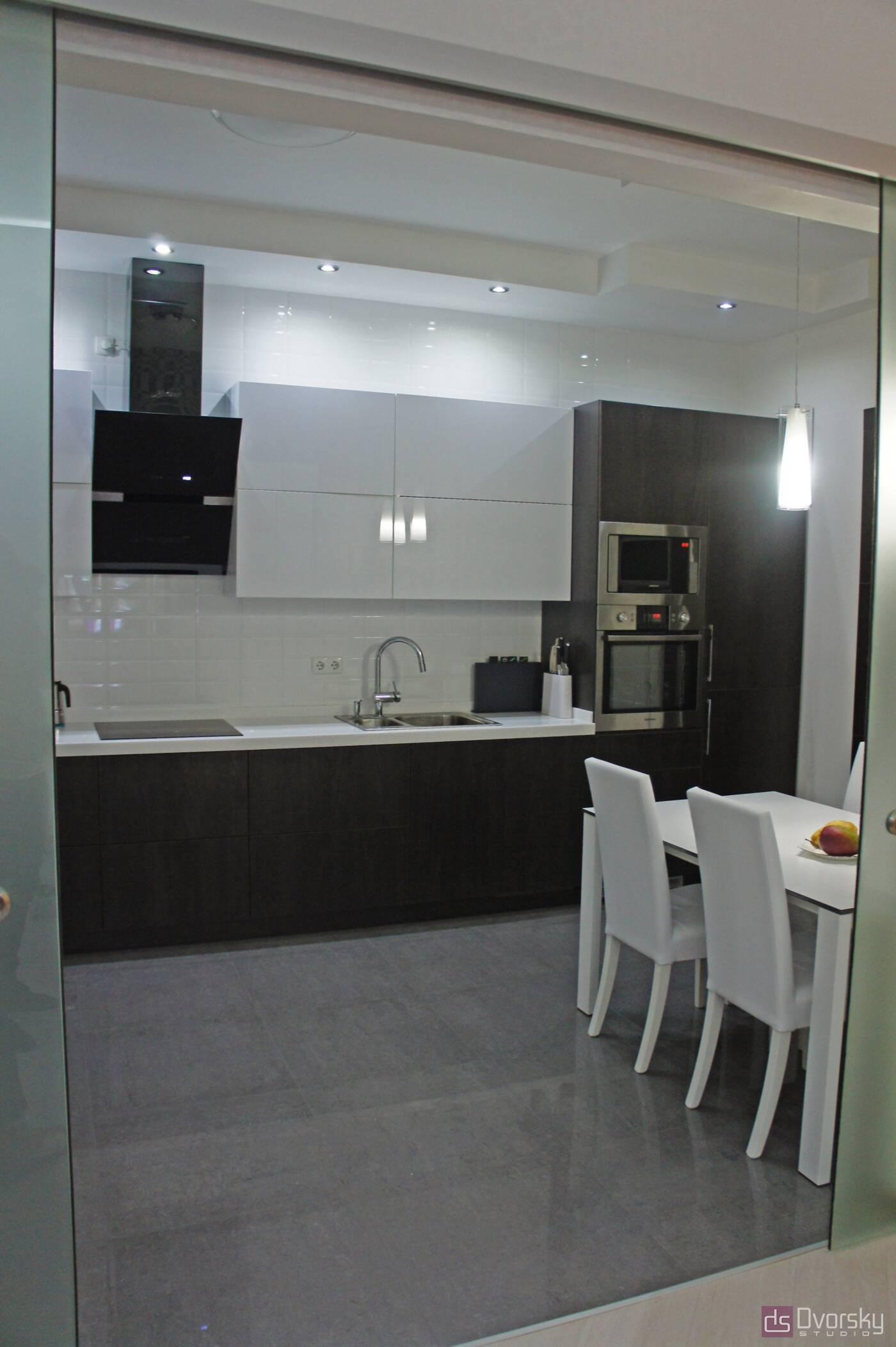 Прямі кухні Кухня з електроприводом - Фото № 4
