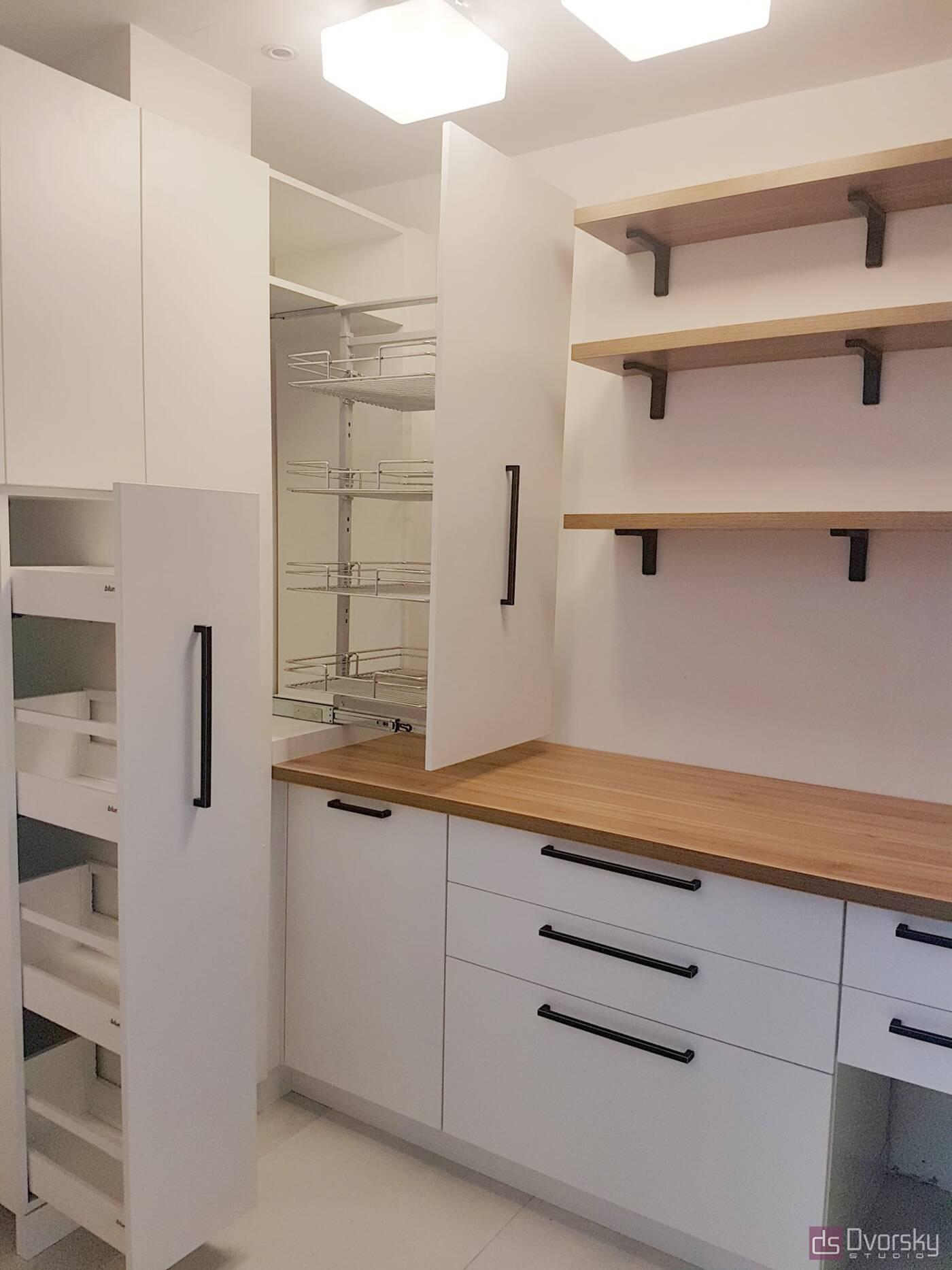 П - образные кухни Кухня для запасов - Фото № 2