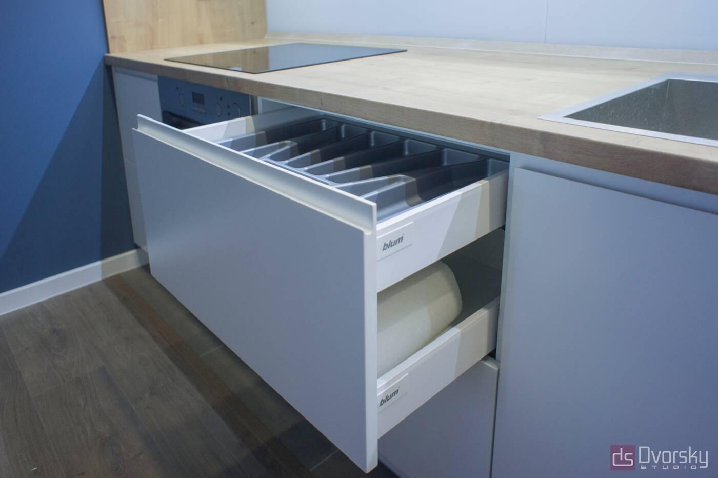 Прямые кухни Кухня 3-х уровневая - Фото № 4