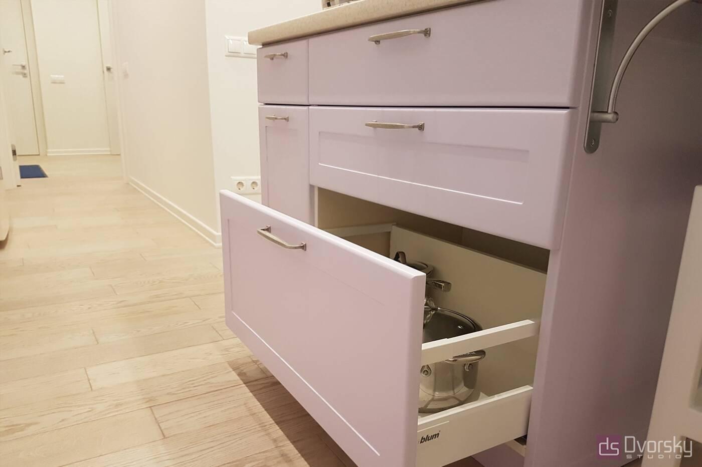 Острівні кухні Кухня з глибокими модулями - Фото № 6