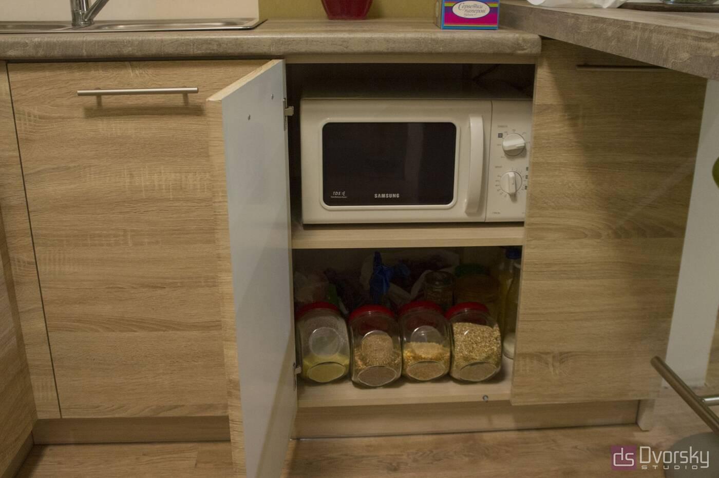 П - образные кухни Кухня с барной стойкой - Фото № 4