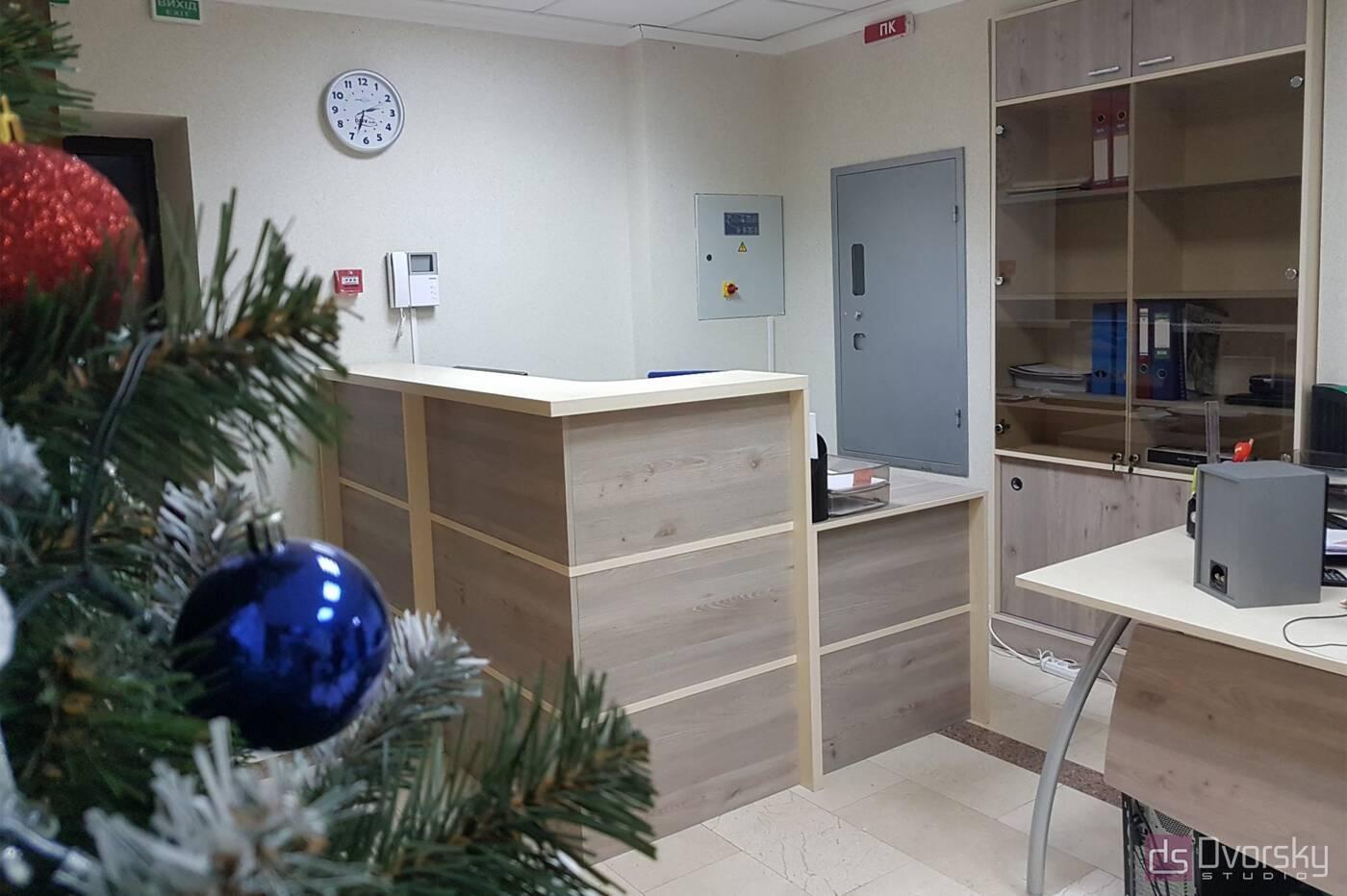 Офісні меблі Ресепшен з дсп для офісу - Фото № 1