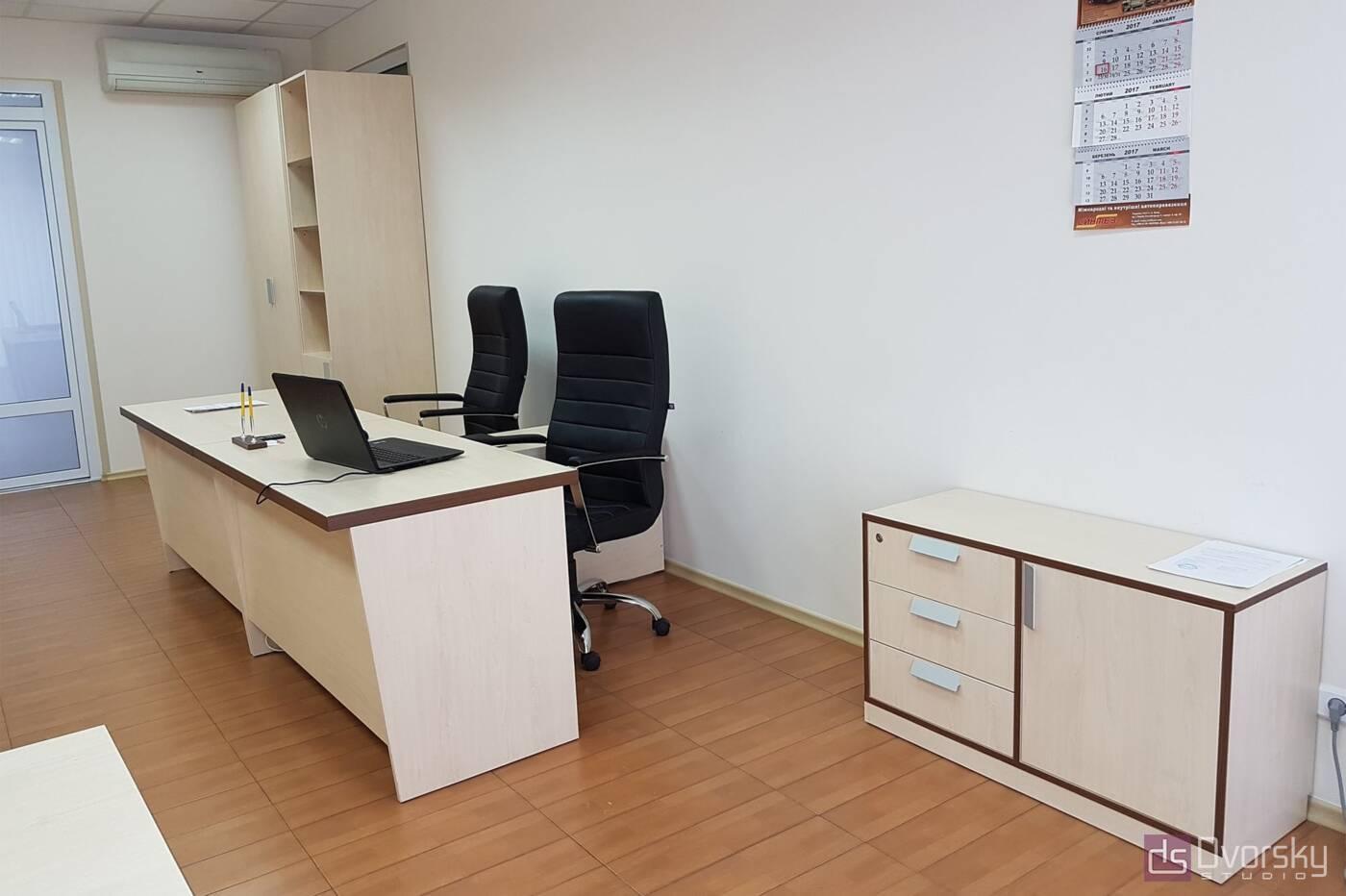 Офисная мебель Светлые офисные столы - Фото № 1