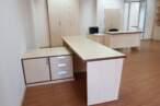 Офісні меблі Світлі офісні столи - Фото № 2
