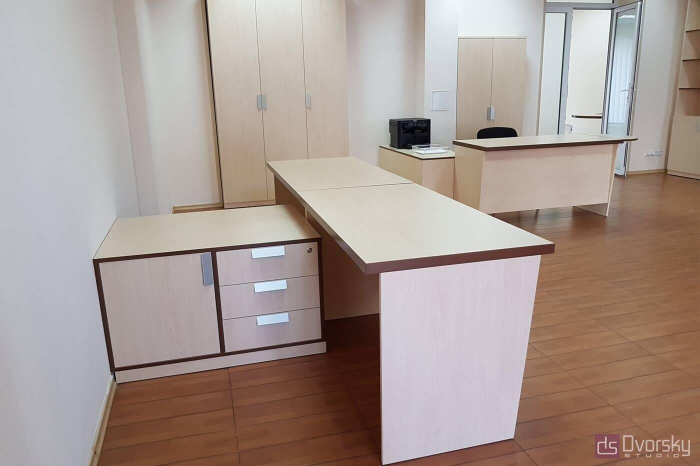 Офисная мебель Светлые офисные столы - Фото № 2