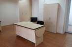Офісні меблі Світлі офісні столи - Фото № 4