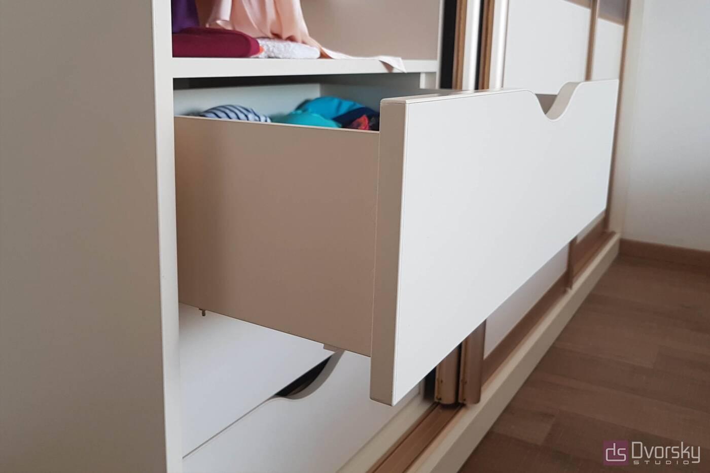 Шкафы купе Шкаф купе на три двери - Фото № 4