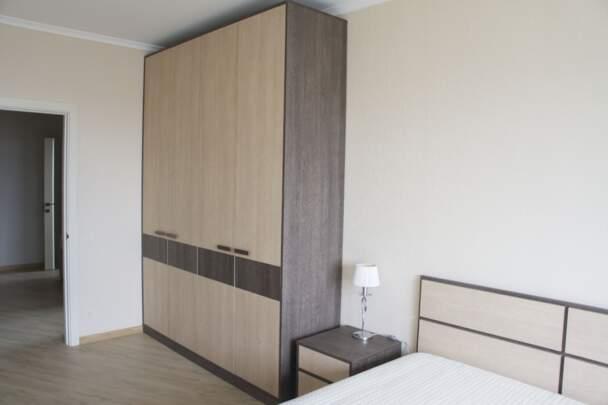 Шкаф распашной с комбинированными фасадами