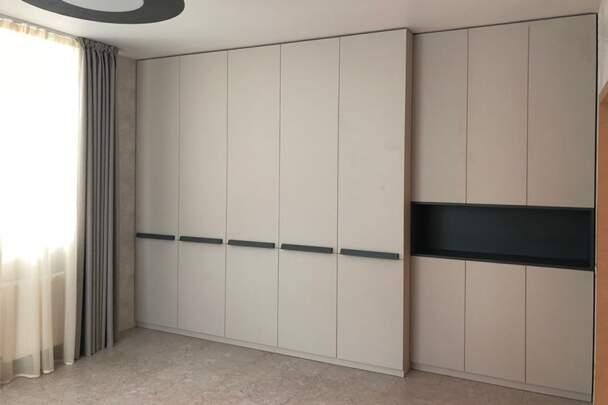 Шкаф распашной для гоcтевой спальни